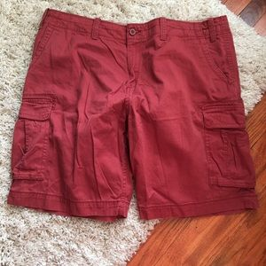 The FOUNDRY SUPPLY CO. Red Cargo Shorts SIZE: 46